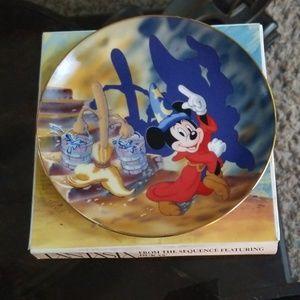 Beautiful Collector Fantasia Decoration plate